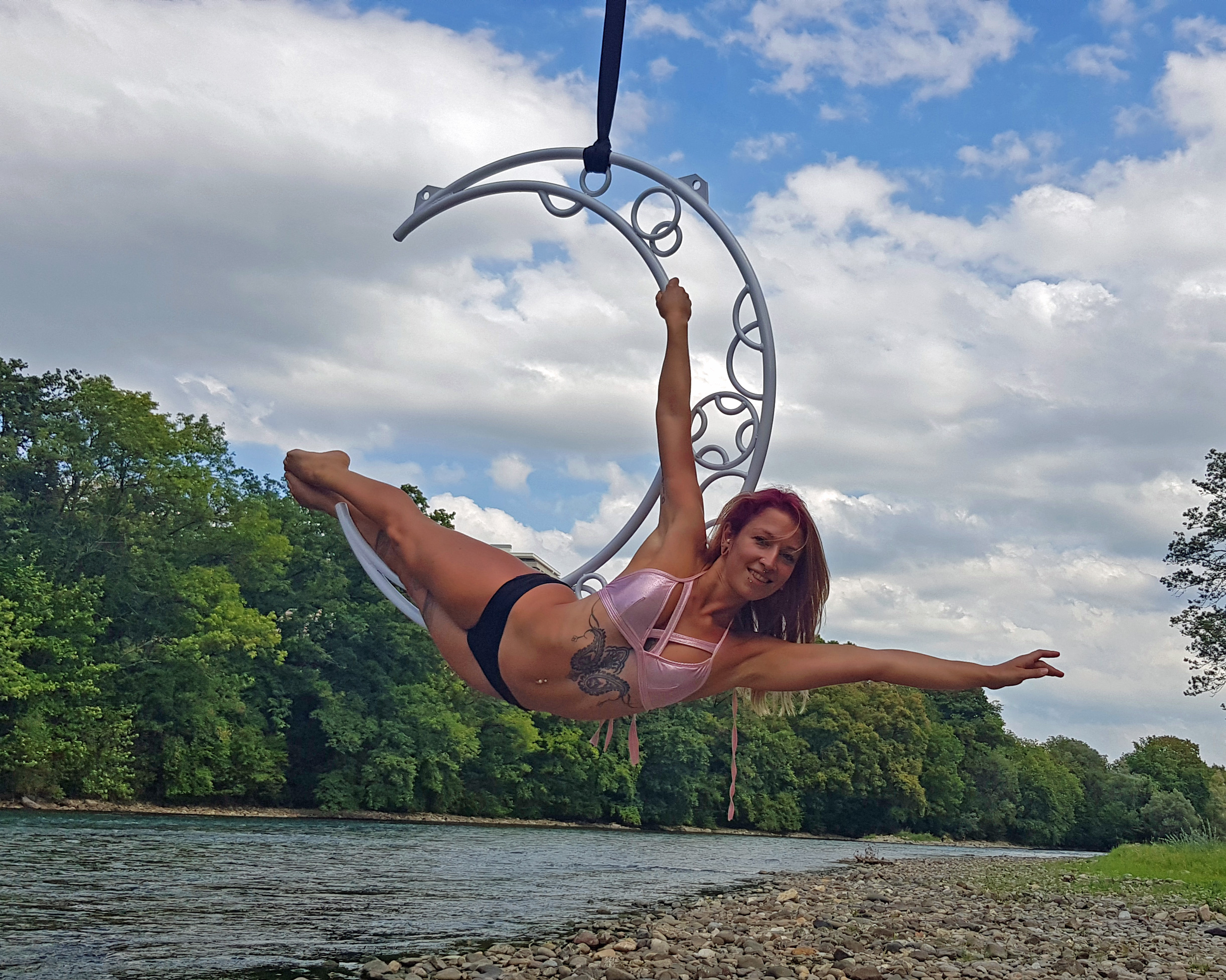 Specials Aerial hoop, workshops and shows Mandy Candy's pole dance studio